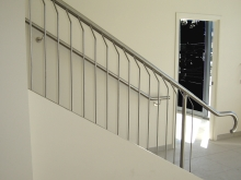 Stainless stair handrail and balustrade stair case Metalcraft Engineering